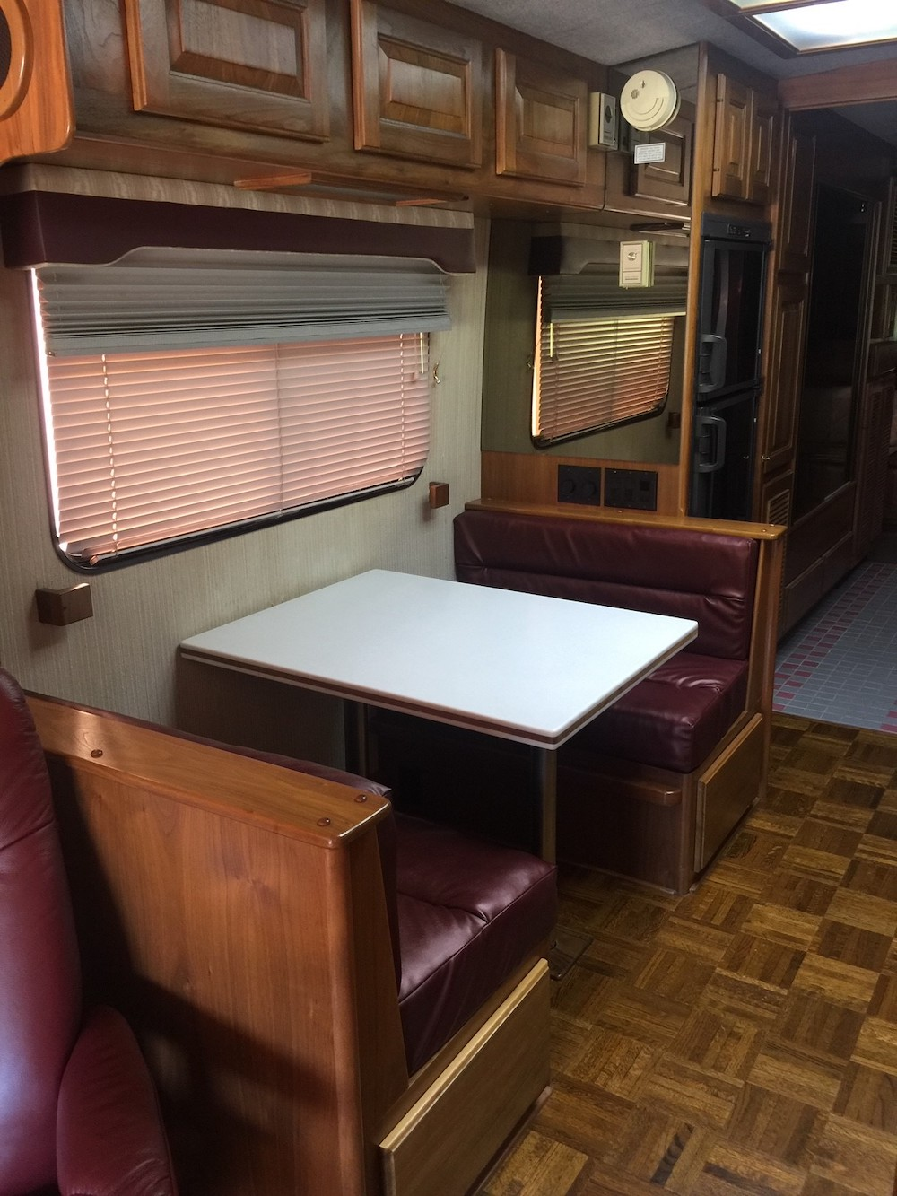 1990 Prevost Country Coach XL For Sale