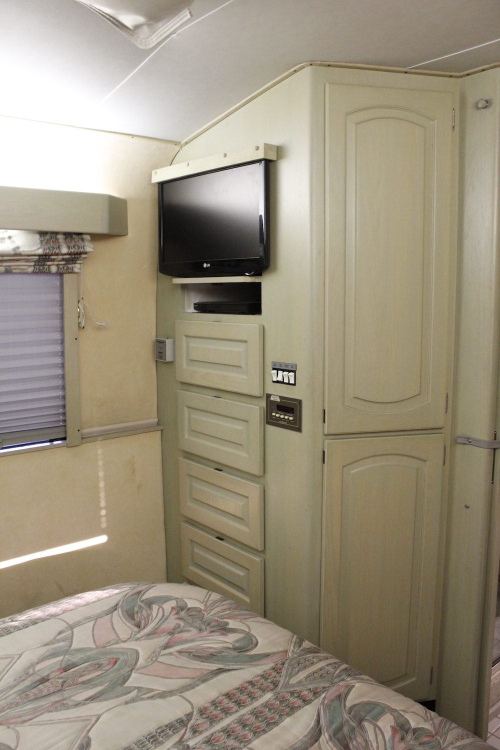 1990 Prevost Liberty XL For Sale