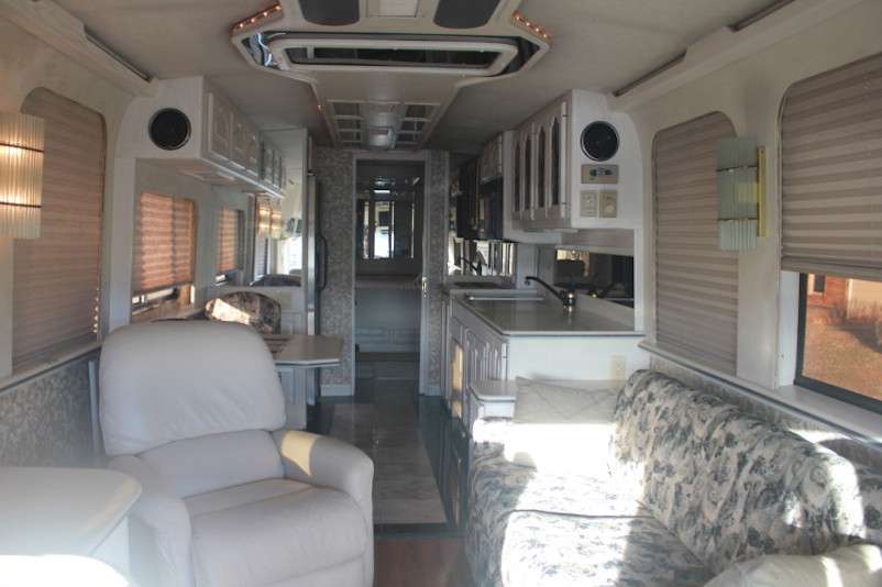 Walk In Freezer For Sale >> 1991 Prevost Country Coach XL 40Non Slide
