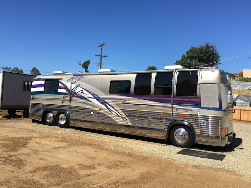 1994 Prevost Country Coach XL40Non Slide