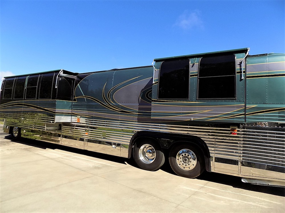 2000 Prevost featherlite XL For Sale