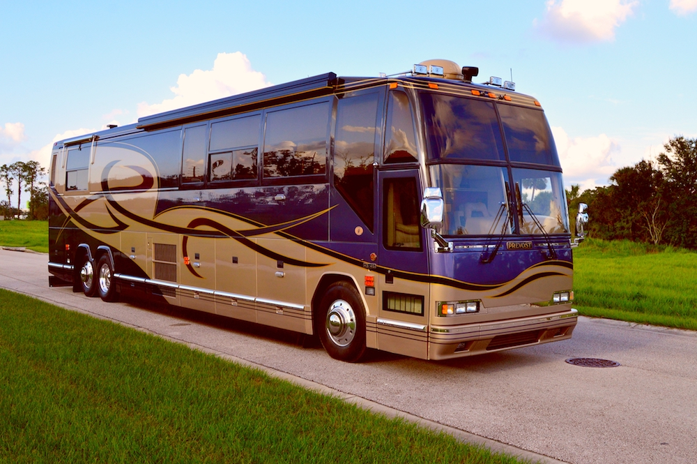 2001 Prevost Featherlite H3 45double Slide