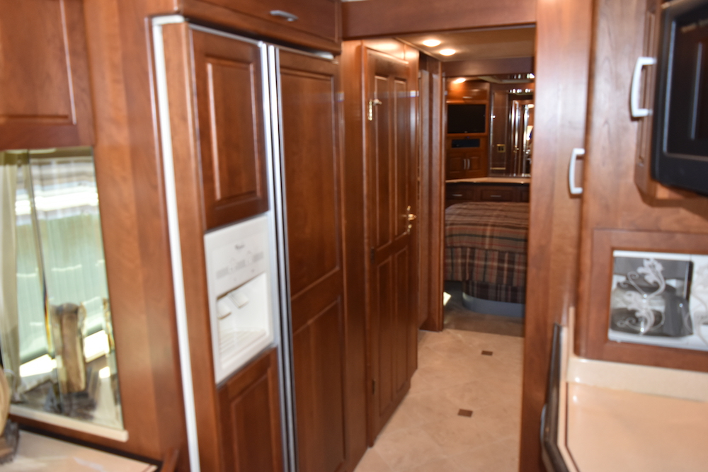 20081Prevost Royale XLII For Sale