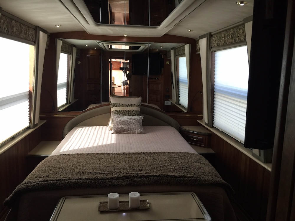 2001 Prevost Royale XLII For Sale