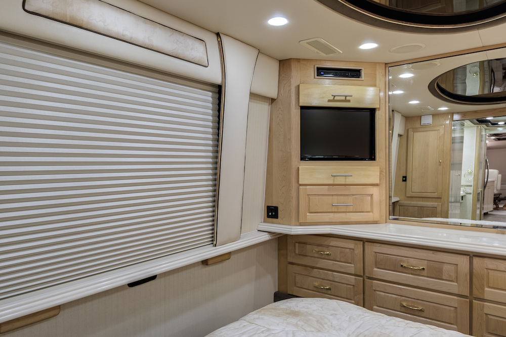 2002 Prevost American XLII For Sale