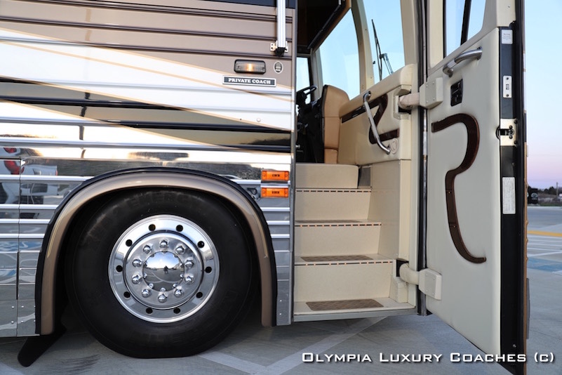 2002 Prevost Royale XLII For Sale