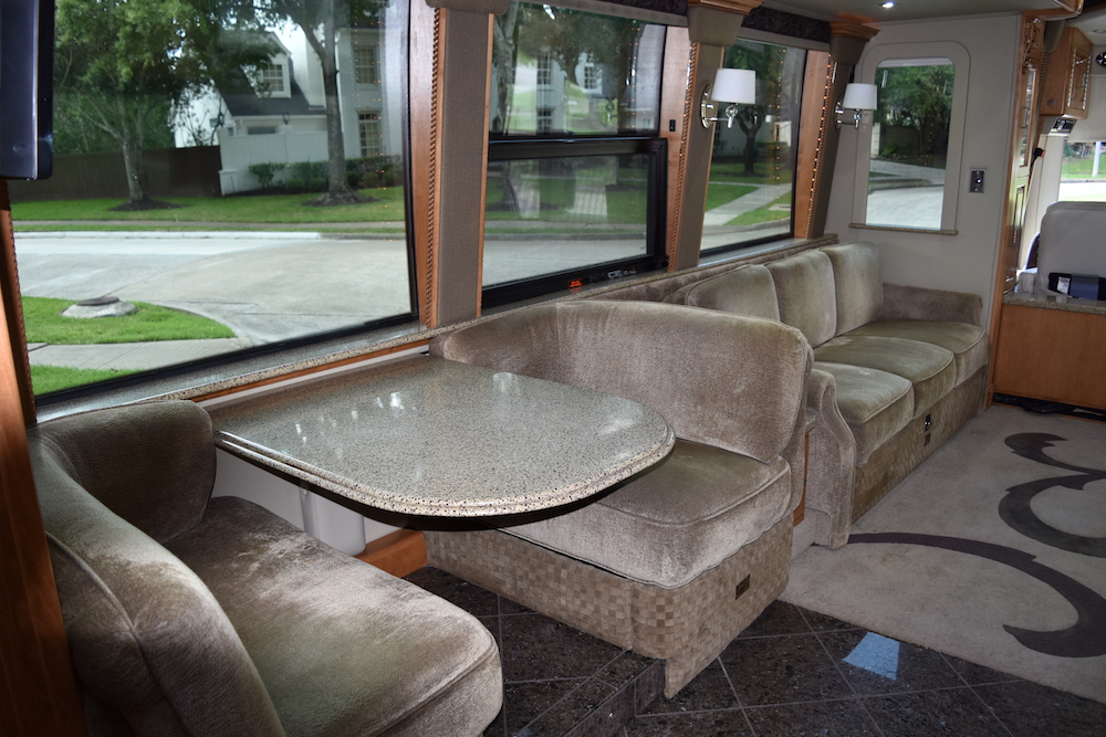 2004 Prevost Royale XLII For Sale