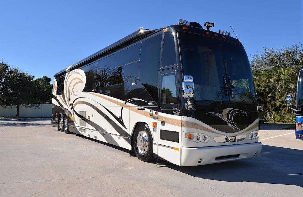 2006 Prevost Liberty H3-45 For Sale