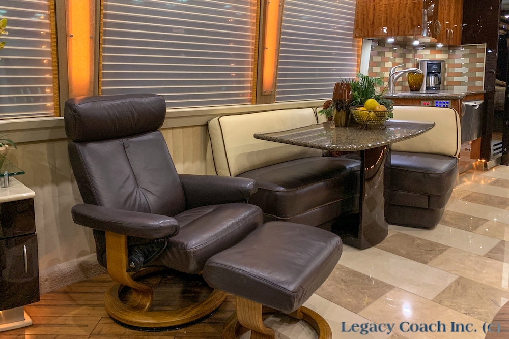 2007 Prevost Country Coach XLII For Sale