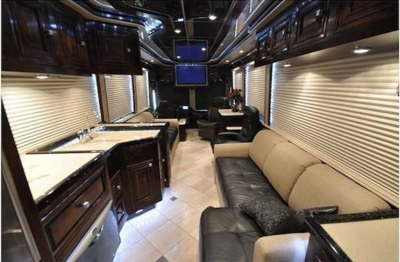 2008 Prevost Outlaw XLII For Sale