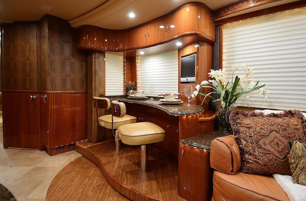 2009 Prevost Liberty XLII For Sale
