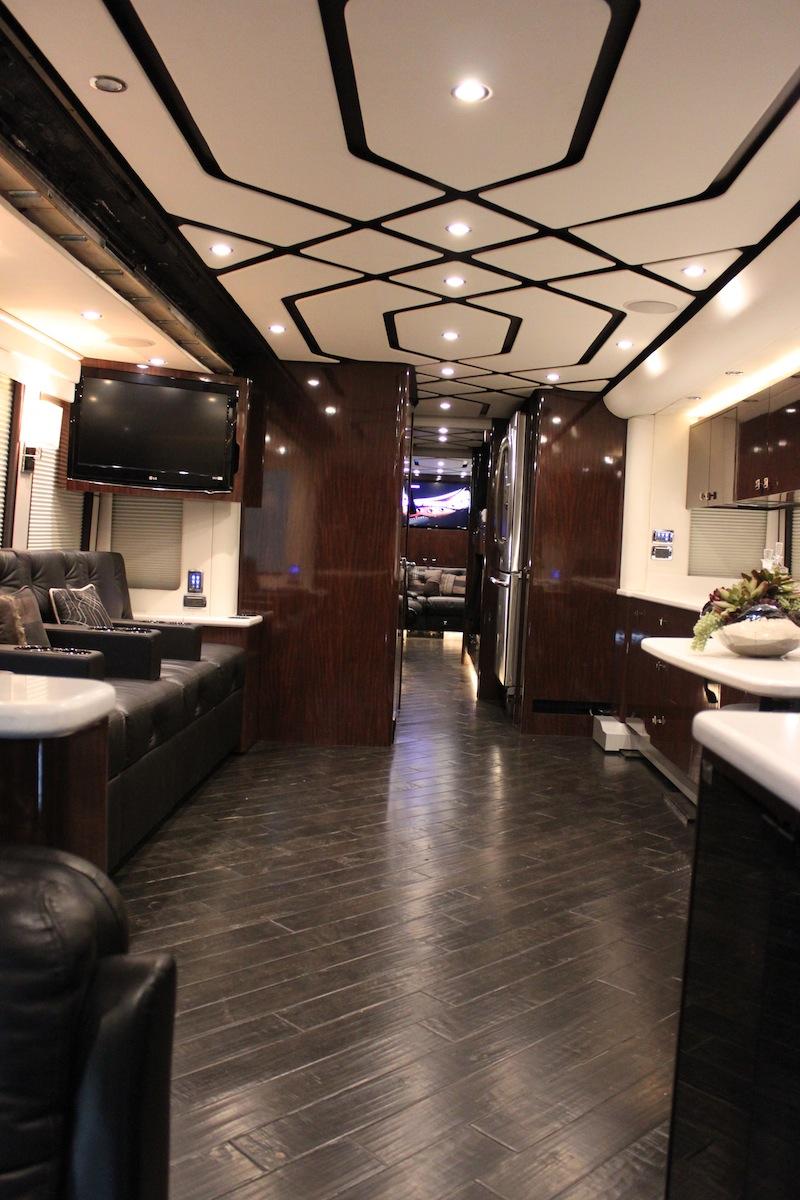 2010 Prevost H3 45triple Slide Bunk Coach