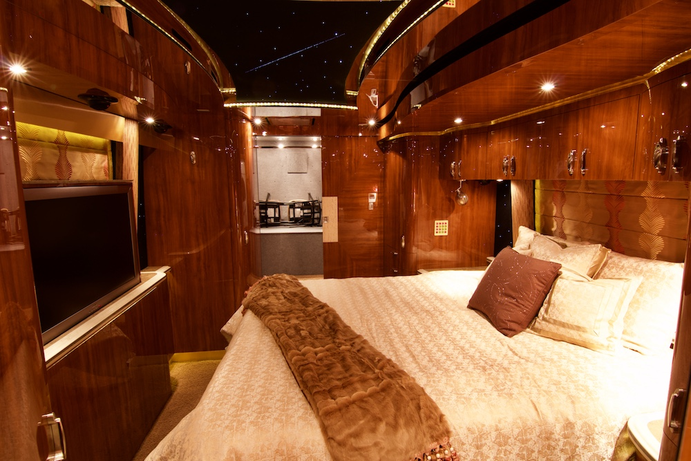 2010 Prevost Parliament XLII For Sale