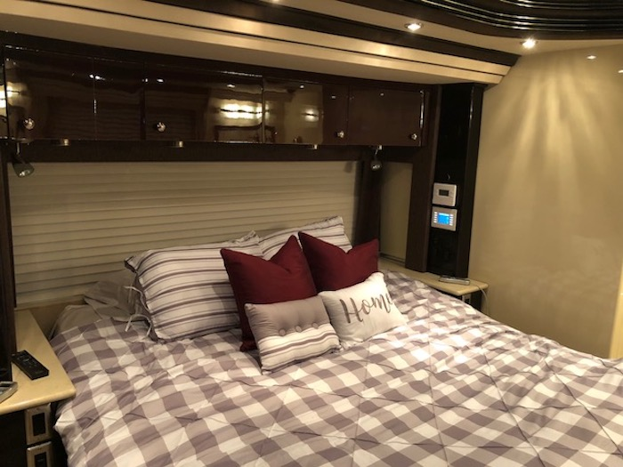 2012 Prevost Country Coach XLII For Sale