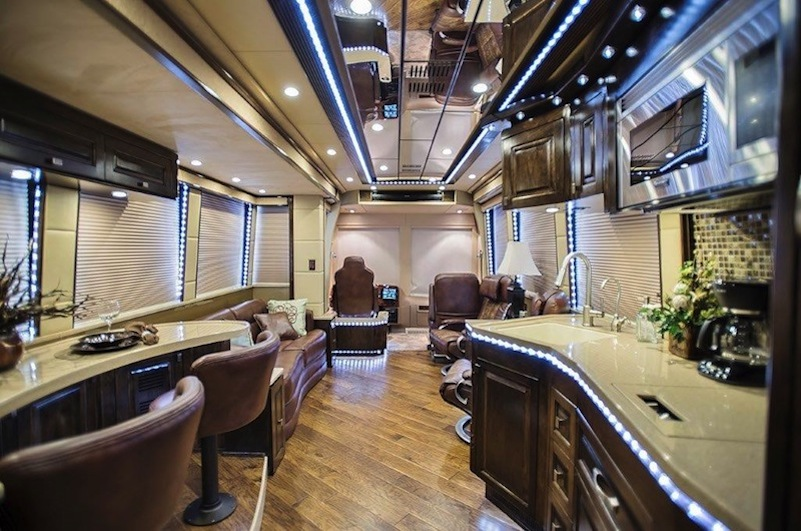 2015 Prevost Emerald X3 For Sale