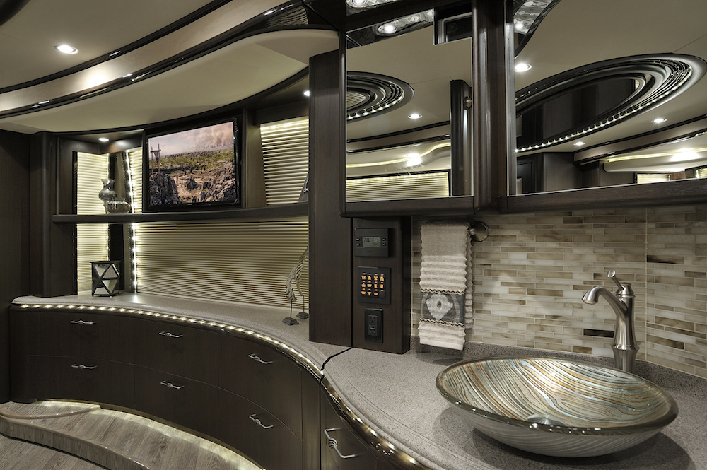 2015 Prevost Liberty H3-45 For Sale