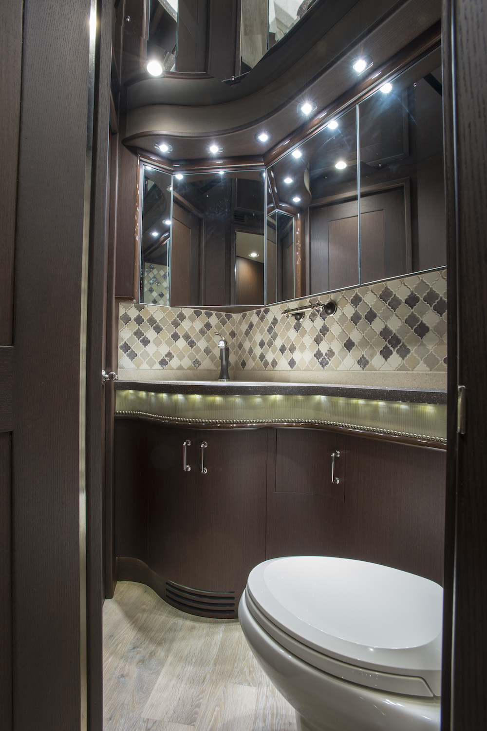 2016 Prevost Liberty H3-45 For Sale