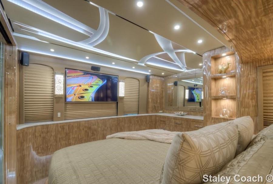 Motorcoach For Sale >> 2017 Prevost Florida Coach X3Double Slide # 46017
