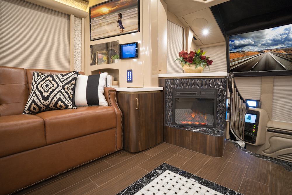 2018 Prevost MarathonH3-45 For Sale
