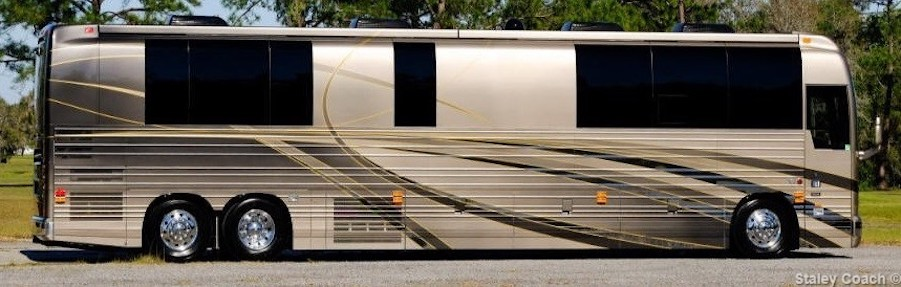2018 Prevost Florida Coach X3Double Slide # 46028