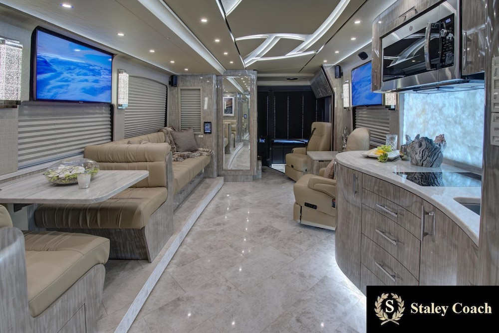 2019 Prevost Florida Coach X3double Slide 46311