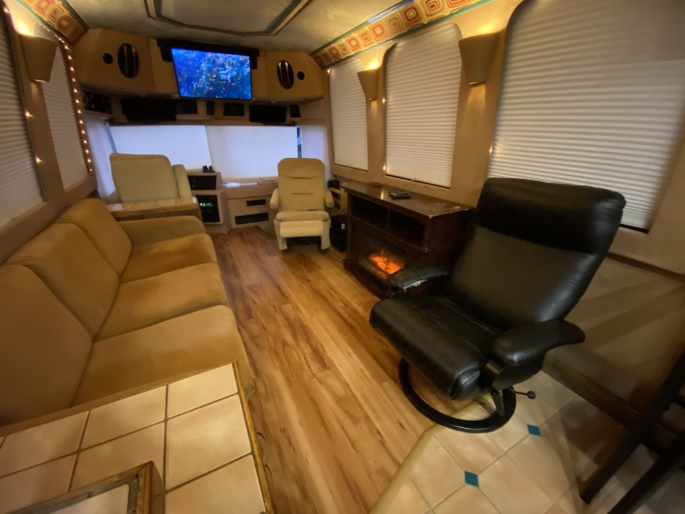 1988 Prevost Country Coach XL For Sale