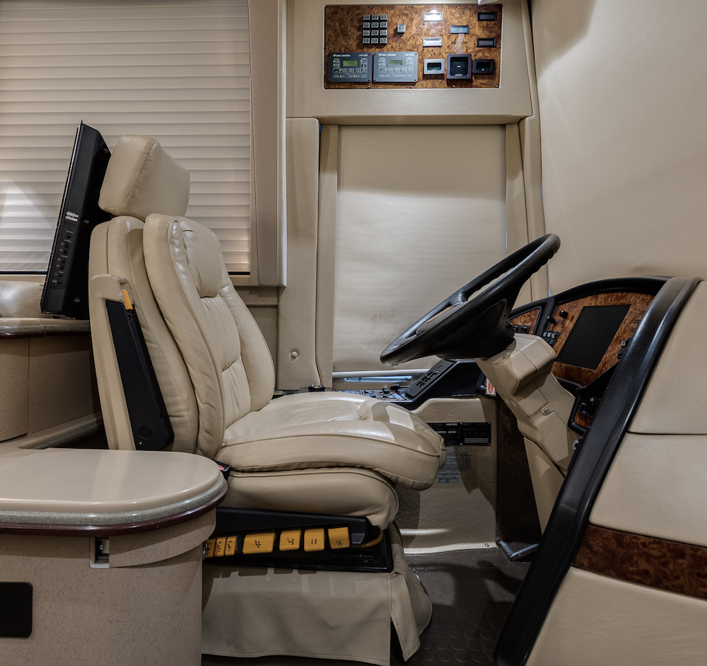 2002 Prevost Country Coach XLII For Sale